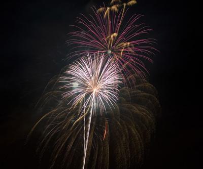 fireworks2007s.jpg
