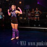 Ladies title gauntlet match