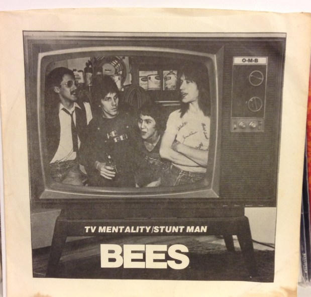 The Bees - TV Mentality